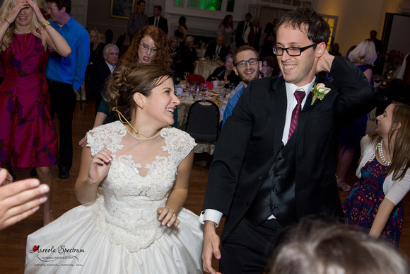 Bride and groom grooving at their Starmount Forest Country Club wedding.